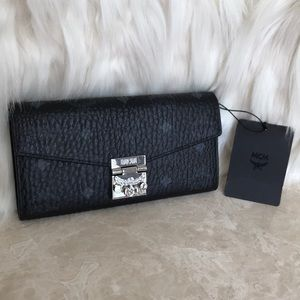 MCM Leather authentic 100% bag